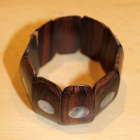 Wooden bracelet with mother of pearl