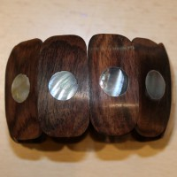 Holz-Armband mit Perlmutt